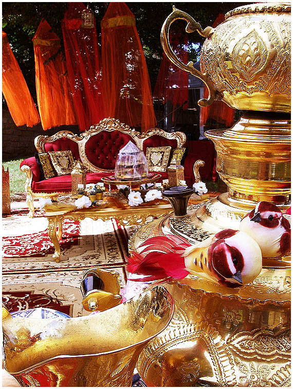 indische deko indische kunst und indische deko bolly wood orientalische dekorationen orient. Black Bedroom Furniture Sets. Home Design Ideas
